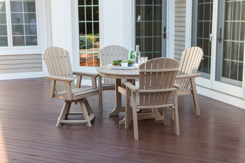 Laguna Dining Table, Hyannis Dining Chairs